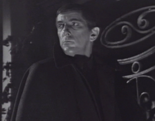 218 dark shadows pausing barnabas