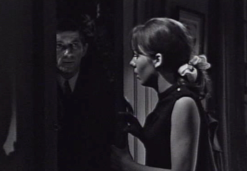 222 dark shadows door barnabas maggie