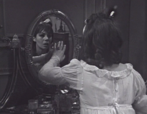 248 dark shadows maggie in the mirror