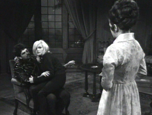 252 dark shadows buzz carolyn liz