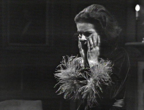 271 dark shadows liz feathers uh oh