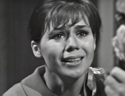 284 dark shadows maggie reacts