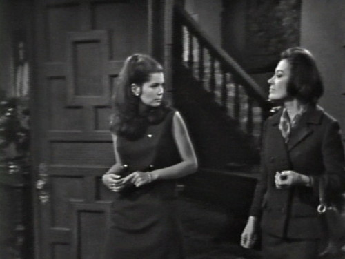 284 dark shadows vicki julia