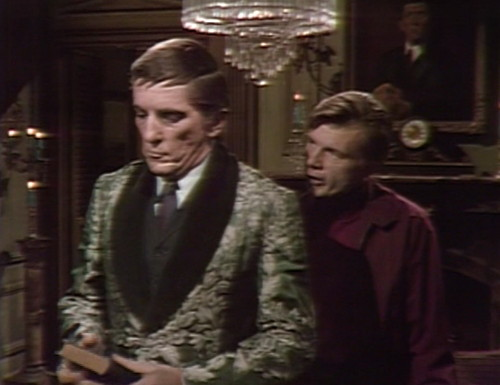 319 dark shadows barnabas willie robe