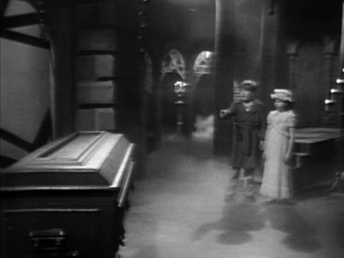 325 dark shadows david dream coffin
