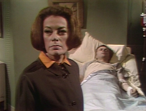 329 dark shadows julia willie thinks