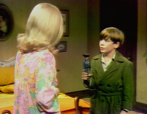 348 dark shadows carolyn david soldier