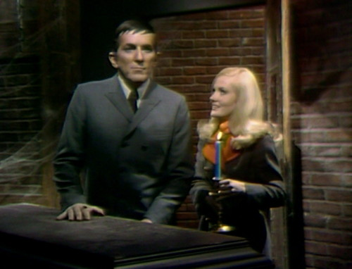 354 dark shadows barnabas carolyn kill her