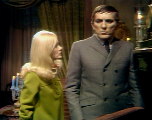 356 dark shadows carolyn barnabas plot
