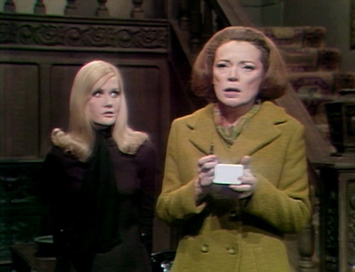 358 dark shadows carolyn julia