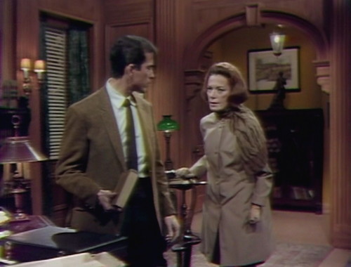 360 dark shadows tony julia life