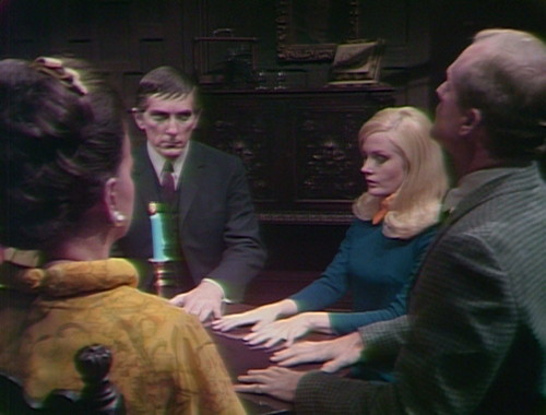 365 dark shadows barnabas seance