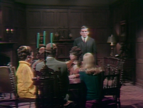 365 dark shadows seance