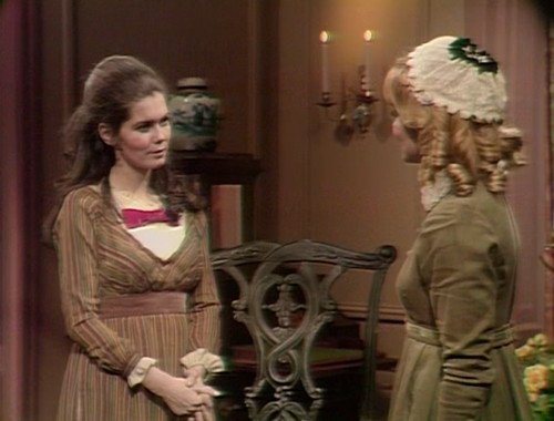 370 dark shadows vicki angelique
