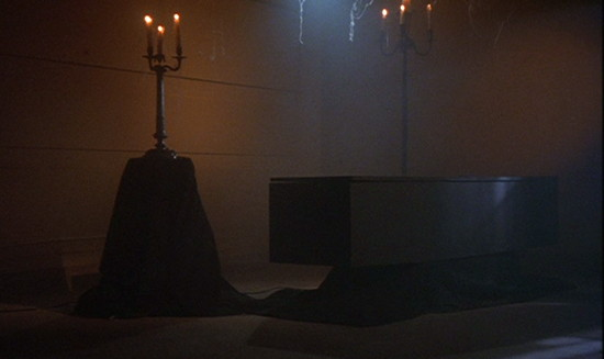91 dark shadows coffin room