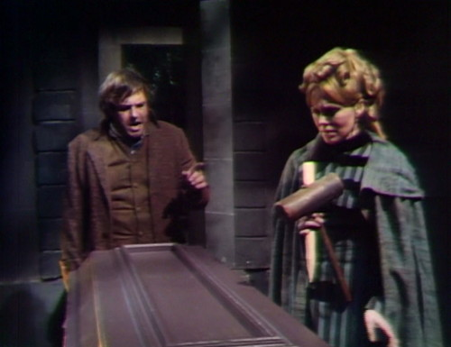 410 dark shadows coffin ben angelique