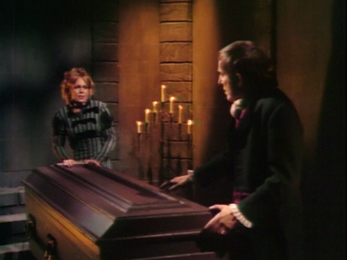 411 dark shadows yes angelique barnabas