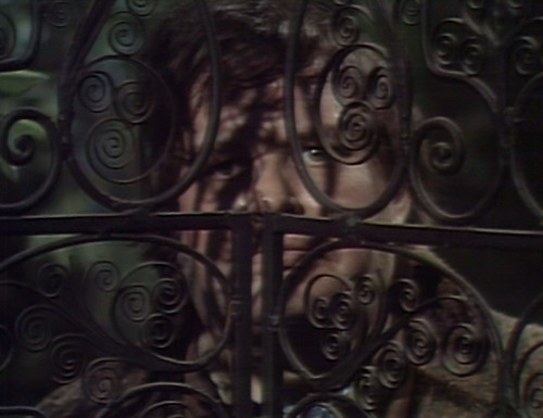 417 dark shadows gate ben