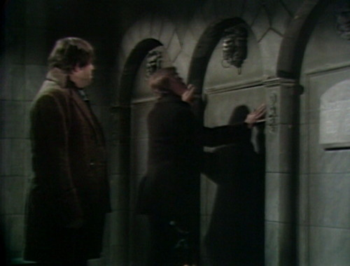 429 dark shadows door ben peter