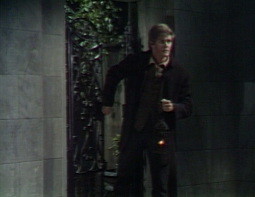 429 dark shadows mausoleum peter