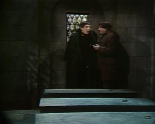 430 dark shadows coffin barnabas ben