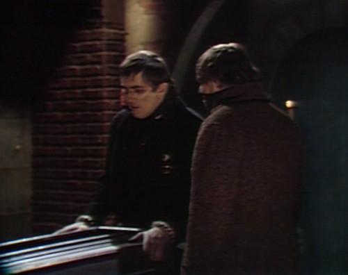 431 dark shdows coffin barnabas ben