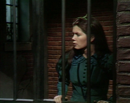 436 dark shadows jail vicki