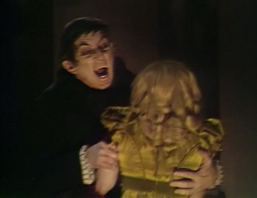 449 dark shadows bite barnabas millicent 1