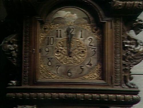 461 dark shadows clock
