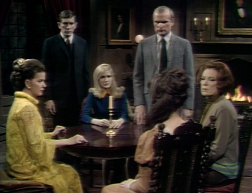 461 dark shadows seance
