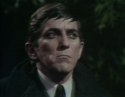 462 dark shadows count barnabas