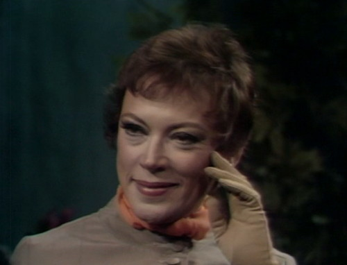 462 dark shadows smile julia