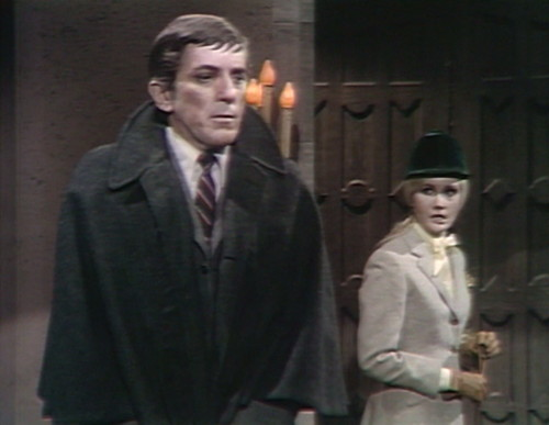 463 dark shadows feels barnabas carolyn