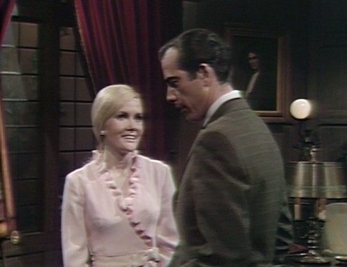 463 dark shadows fun carolyn tony