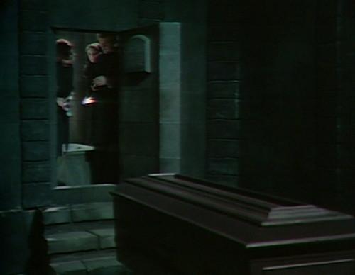 468 dark shadows mausoleum coffin