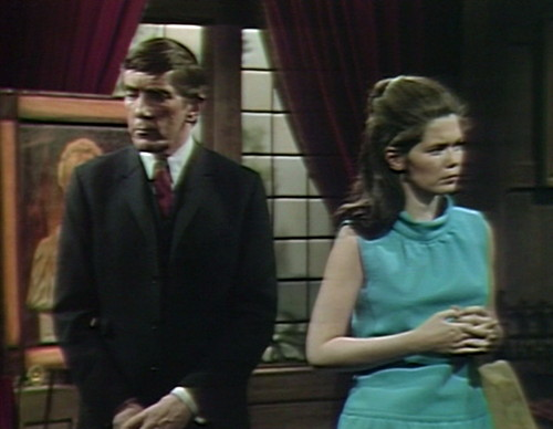 473 dark shadows upset barnabas vicki