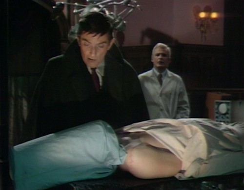 476 dark shadows face barnabas lang