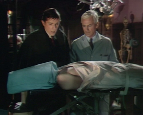 476 dark shadows lives barnabas lang