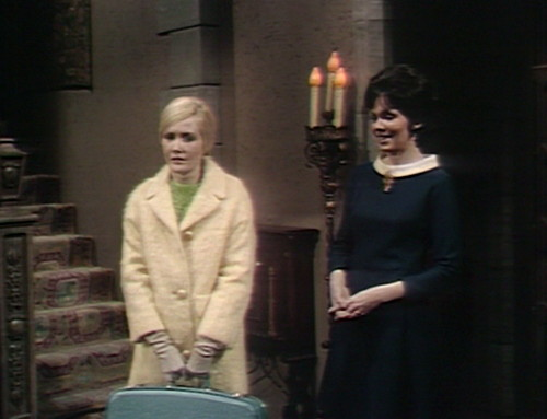 477 dark shadows green carolyn cassandra