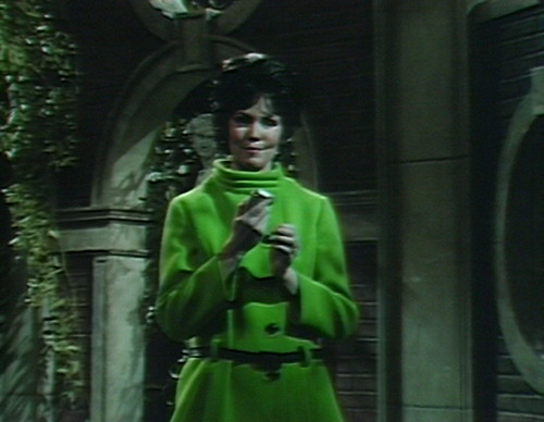 477 dark shadows green cassandra