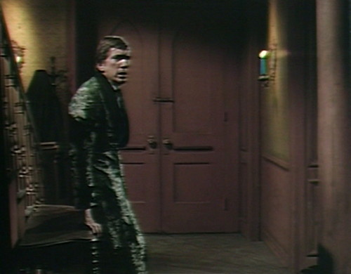 477 dark shadows warned barnabas