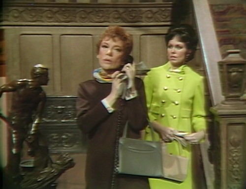 480 dark shadows phone julia cassandra