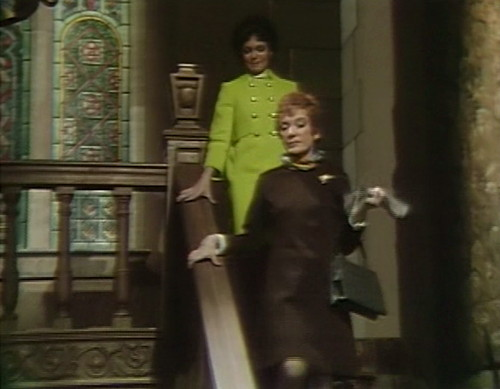 480 dark shadows stairs cassandra julia