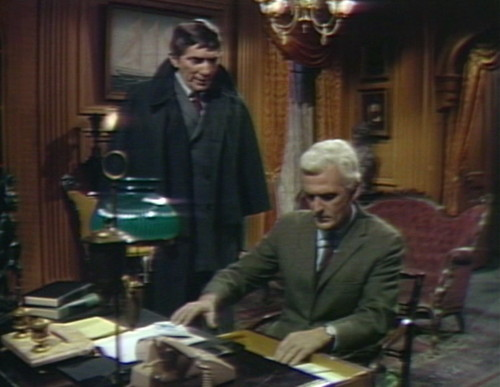 482 dark shadows desk barnabas lang