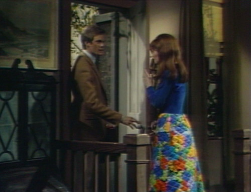 482 dark shadows skirt jeff maggie