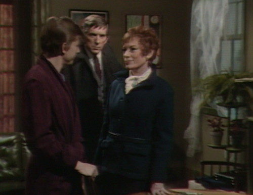 483 dark shadows retcon willie julia