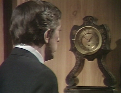 487 dark shadows clock barnabas