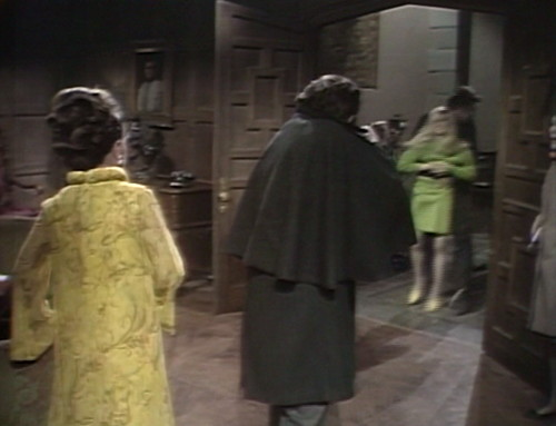 501 dark shadows barnabas down
