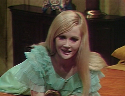 506 dark shadows carolyn learn