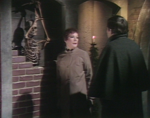 520 dark shadows skeleton julia barnabas